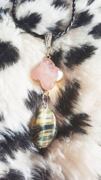collier oeil de faucon fleur quartz rose