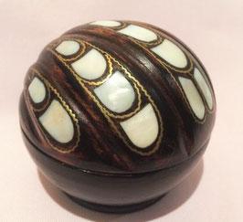 Nussbaum Schatulle small shell