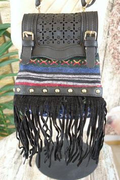 Umhängetasche Black Stripy Fringe AW-060819.05