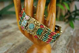 Indisches Armband mit Halbedelsteinen AB-1812.01