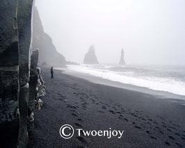Plage de Vik Islande noir et blanc