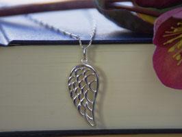 Engelsflügel an Halskette mit Venezianerkette mit Kügelchen