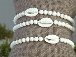 Dendritenjaspisarmband mit Kauri-Muschel
