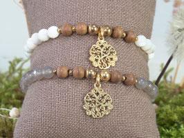 Elastisches Armband mit Goldanhänger