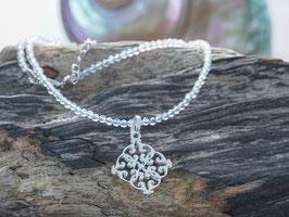 Bergkristallkette mit Silberarnhänger