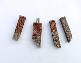 4 Schornsteine 4Teilig   Spur 1  1:32 koloriert, bemalt , gealtert