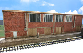 Zucker Fabrik Relief mit 2 Rampen Spur 0  1:45 koloriert bemalt gealtert