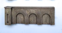 """Beton Stützmauer  """"niedrig""""  Spur 0  1:45 koloriert bemalt gealtert"""