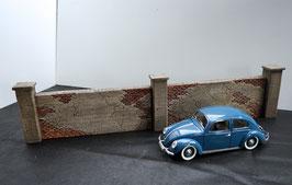 Betonmauern mit Seperatem Pfeiler  Maßstab 1  1:16 koloriert, bemalt , gealtert