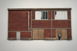 Zucker Fabrik  Relief mit Tür  Spur 1  1:32 koloriert, bemalt , gealtert