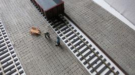 Bahnsteig für Spur 1 1:32 koloriert bemalt gealtert