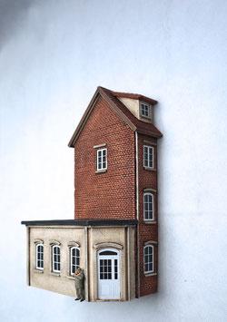 Kleinstadt- Wohnhaus mit Anbau Relief Spur 0  1:45 koloriert bemalt gealtert
