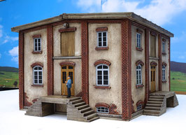 Genossenschafts Gebäude 4 Seiten  Spur 1  1:32 koloriert, bemalt , gealtert