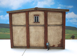 Genossenschafts Gebäude Rückwand Spur 1  1:32 koloriert, bemalt , gealtert