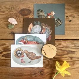 Postkartenset mit handgearbeitetem Kartenaufsteller
