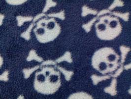 Fleece blau mit weißen Totenköpfen 401750/10