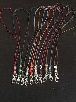 Pfeifenbänder / Schlüsselbänder