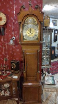 Antieke Engelse staande klok