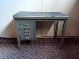Stalen bureau | Art.0019