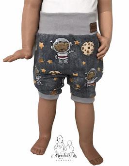 "Kurze Hose Baggy Pants "" Astronautenbär mit Mond """