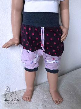 "Kurze Pumphose Baggy Pants ""Einhorn Sterne lila"" Größe 98 104"