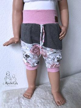 """Kurze Hose Baggy Pants """" Rosen rosa / grau """" Einzelstück Größe 98/104"""