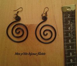 Boucles d'oreille créoles spirale