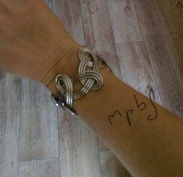 Bracelet tressé argenté mat