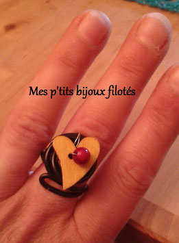 Bague reglable noire coeur jaune