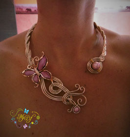 Le Collier Tendre  Papillon