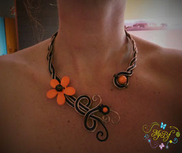 Le Collier Flower Power