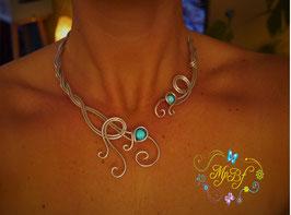 Le collier Pachira