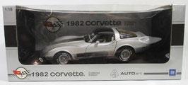 1982 Corvette Collector Edition  Auto Art