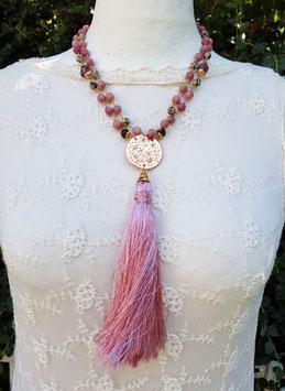 Mala Style Necklace *STARLIGHT SYMPHONY*  mit facettierten Amethystnuggets, Rhodochrosit, Dalmatiner- Jaspis und gravierter Sternenhimmel- Bronzeplatte