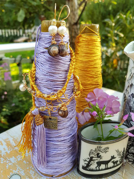 *RAPUNZEL* Armband- Wickelarmband mit Edelsteinen Amethyst, Jade, Süßwasserperlen und Seidenquasten