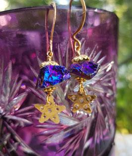 *ILSEBILL* Sterne-vom-Himmel-Ohrringe mit violett-blauschillernd irisierendem Bergkristall
