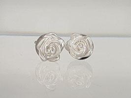 4mm Rosen Ohrringe weiß
