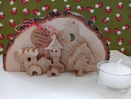 3-D-Schloss aus Holz (Baumscheibe) mit Teelicht
