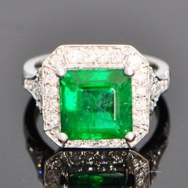 デイヴィッドジェロームコレクションより オイル加工なし 非処理ザンビア産エメラルドリング 4.74ct ダイヤモンド0.43ct ホワイトゴールド