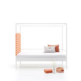 Einzelbett mit LED Licht