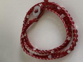 Wickelarmband mit Glaskristallsteinen in den Farben rot und kristall
