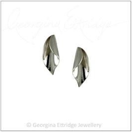 Calla Lily Earrings (medium)