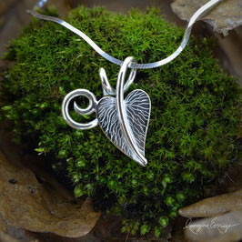 Heart Shaped Leaf Necklace (with curl)