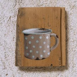 Emaille-Kaffeetasse beige mit Tüpfelchen :-)