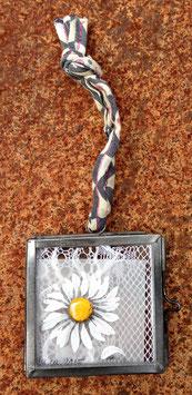 Mini-Unikat Gänseblümchen zum Aufhängen 05102016 B