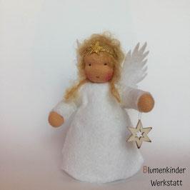 Engel blond mit weißem Holzsternchen