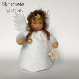 Engel brünett mit weißem Holzsternchen