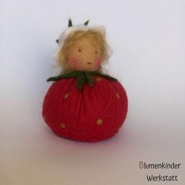 Erdbeere 3 Kugelblumenkind
