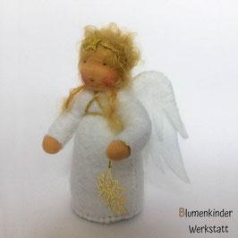 Engel blond mit Metallsternchen