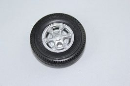 Art.-Nr. A 19120 Pneu mit Felge mit Saurer Logo auf Radstern,ohne Holzpalette